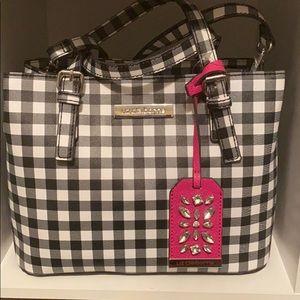 Adorable purse for spring